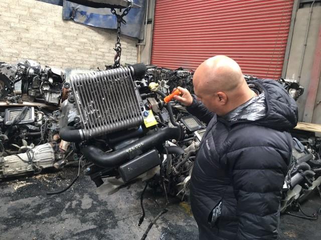 מנועים למוניות גדולות רוכשים במנועים קום, החברה המובילה למכירת מנועים לרכבי הסעות, מוניות גדולות, מיניבוסים, מנועים מיבוא ועוד.